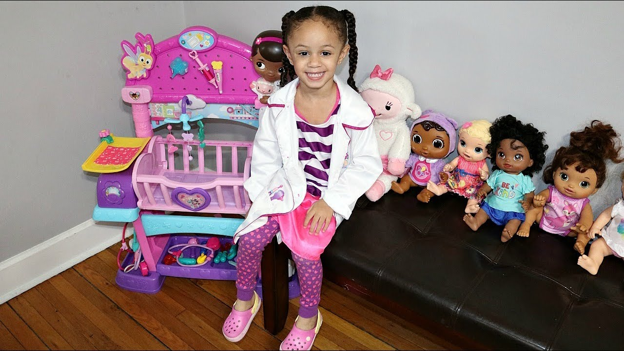 Disney Doc Mcstuffins Baby All In One Nursery Set With