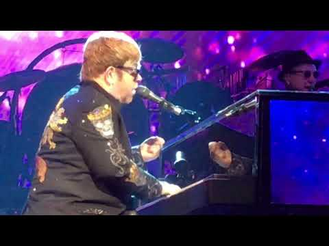 Elton John ~ End Of Benny And The Jets Into Rocket Man ~ Caesar's Palace ~ 5/6/2018