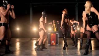 M'Ena Sou Fili (MASTER TEMPO / PANTZIS production) / Elena Metaxa new HD video clip(Σε σύνθεση και παραγωγή του νέου team των επιτυχιών MASTER TEMPO / PANTZIS, η Έλενα Μεταξά τραγουδά το νέο smash hit single της..., 2011-01-13T09:15:59.000Z)