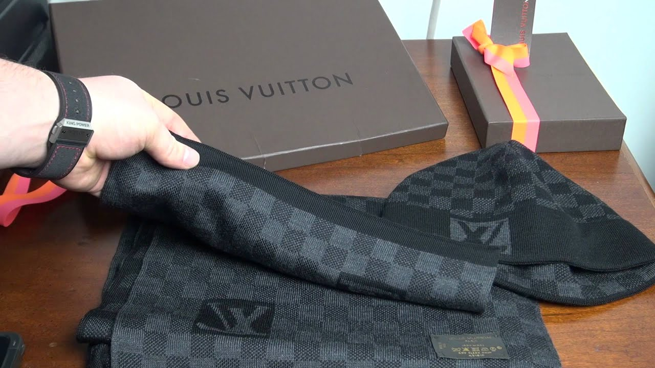 Louis Vuitton Damier Graphite Wool Scarf and Hat - YouTube 7d519185f45