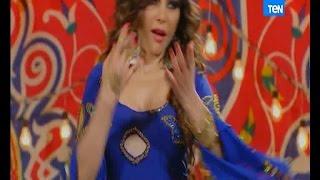 دلع ورقص هيفاء وهبي بالفستان الأزرق وغيرة فيفي عبده منها .. حلقة 2 مولد وصاحبه غايب