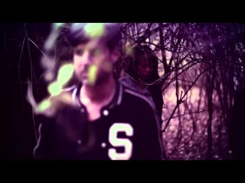 Munk feat. Lizzie Paige - Deceiver (Official Video)