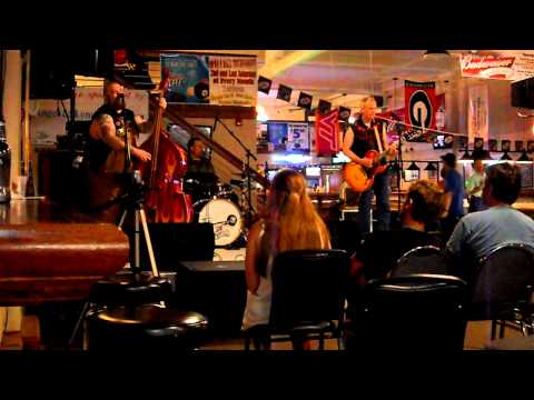 'Blue Moon Woman' (live) by The Tremors