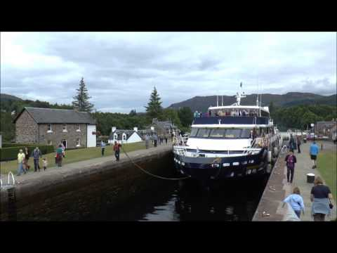 """MV Lord of the Glens"" -- Fort Augustus locks -- time lapse"
