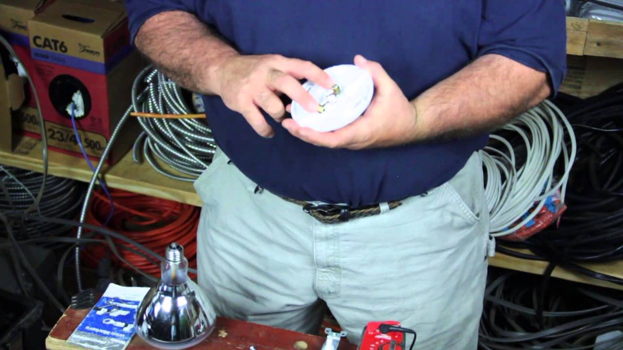 How to Replace an Electrical Light Socket : Electrical Solutions ...