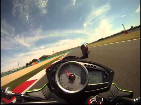 Magny cours Adelaide - Tout droit Selhig