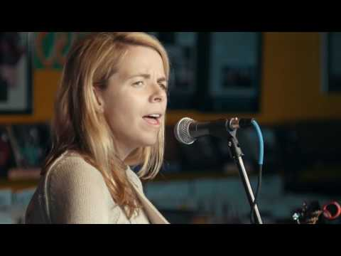 "Aoife O'Donovan - ""The King of All Birds"" (Live from Music Millennium) // The Bluegrass Situation"