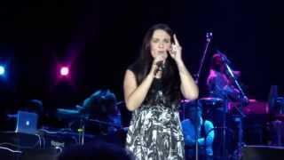 Елена Ваенга. Концерт в Барнауле 19.10.2011 (720)