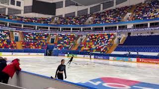 Елизавета Туктамышева Короткая программа на тренировке Исполнила 3 аксель Финал Кубка России