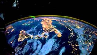 Ночные города мира из Космоса(Чтобы запечатлеть ночной город во всех деталях, требуется большая экспозиция. Из-за этого изображение при..., 2016-04-01T19:35:16.000Z)