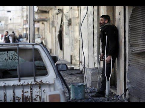 شاحنات تستعد لإجلاء المدنيين من آخر جيب لداعش في سوريا  - نشر قبل 24 دقيقة