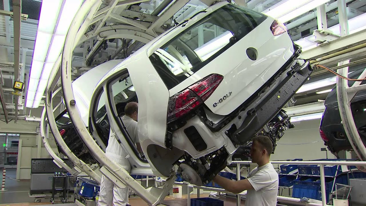 Volkswagen E Golf Production Wolfsburg Plant Youtube