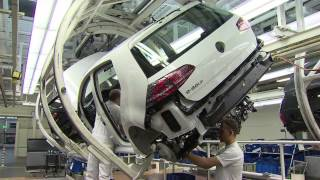 Repeat youtube video Volkswagen e-Golf Production Wolfsburg plant