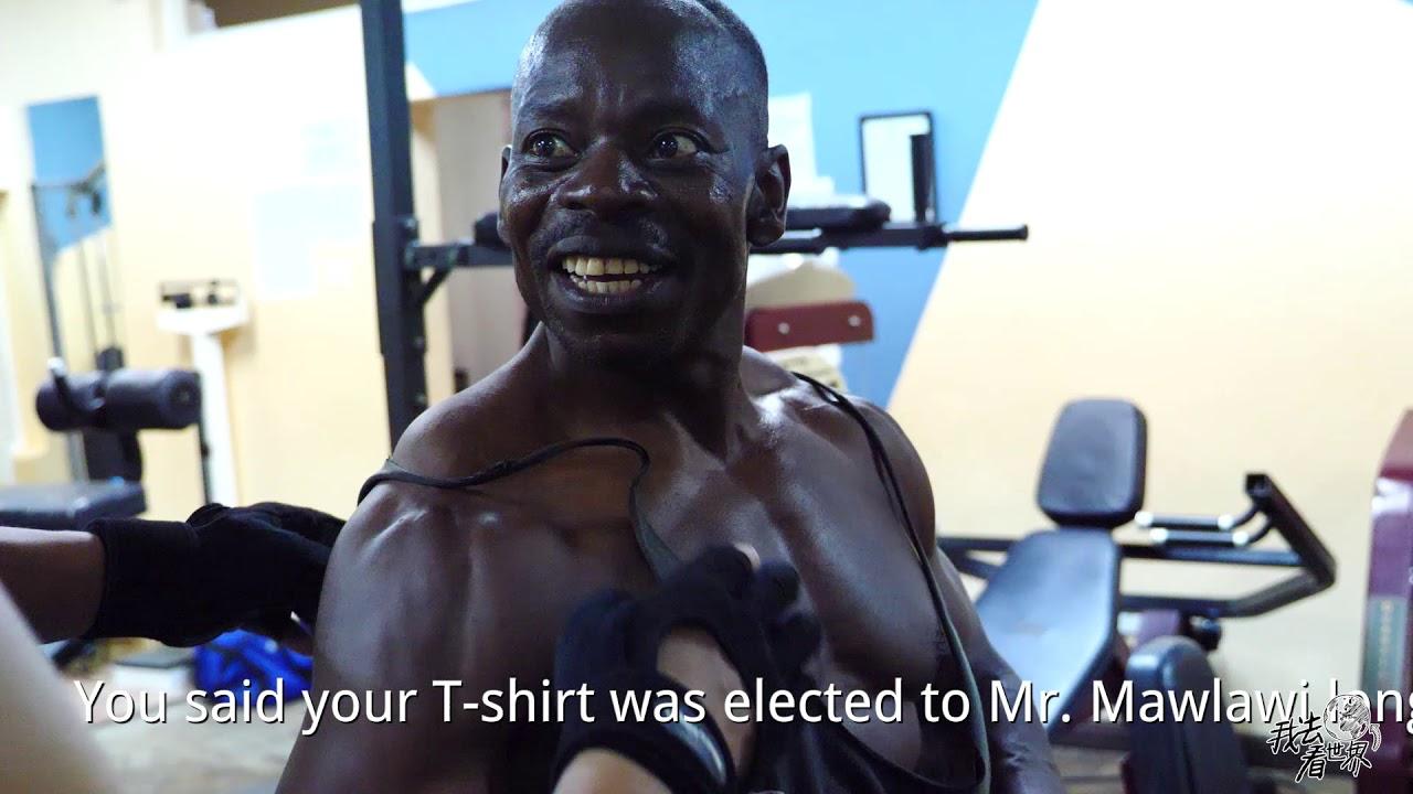Bodybuilder black Robby Robinson