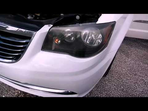 2014 Chrysler Town And Country Minivan - Turn Signal Light Replacement