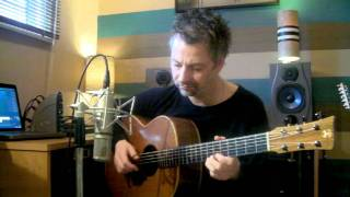 Repeat youtube video Nuvole Bianche - Ludovico Einaudi (arranged for guitar by Les Cheetham)
