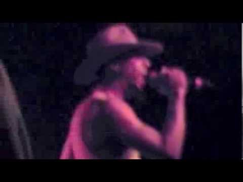Slum Village performs Fall In Love & Climax w/ The Roots - Okayplayer Tour 2000