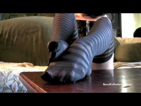 Fashion Tights - Michelle's Thoughts [Spandex Review] from YouTube · Duration:  3 minutes 15 seconds
