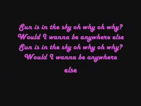Lily Allen - LDN Lyrics
