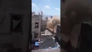 شاهدوا.. لحظة انهيار عمارة بالقصبة بالجزائر العاصمة