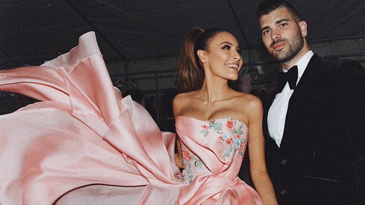 we-walked-in-a-michael-costello-runway-show-the-perkins