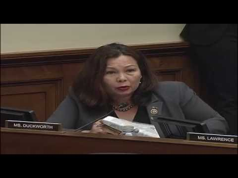 Duckworth Questions Mylan CEO About EpiPens & Rx Drug Price Hikes