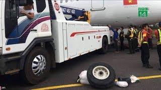 Máy bay Vietjet gặp sự cố khi bị rơi lốp, 6 hành khách nhập viện   VTC14
