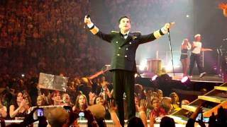 Robbie Williams - Trouble / Hit the Road Jack / Reet Petite / Shout (Live - Manchester UK, 2014)
