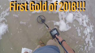 First GOLD of 2018! Metal detecting. Things to do in Fl. TreasurePro live digs in the wet & dry sand