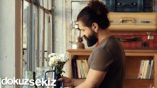 Gambar cover Koray Avcı - Senin İçin Değer (Official Video)