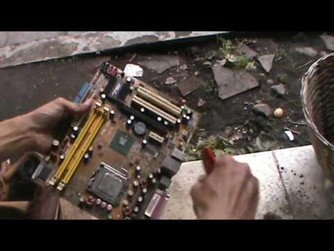 Bongkar Pasang Dan Bersihkan PC Pakai Kuas Saja