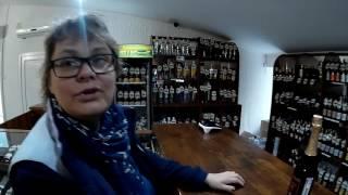 Гостевой дом Счастье есть в Коктебеле.(Коктебель магазин Винотека. Набережная Коктебеля., 2016-06-21T20:42:42.000Z)