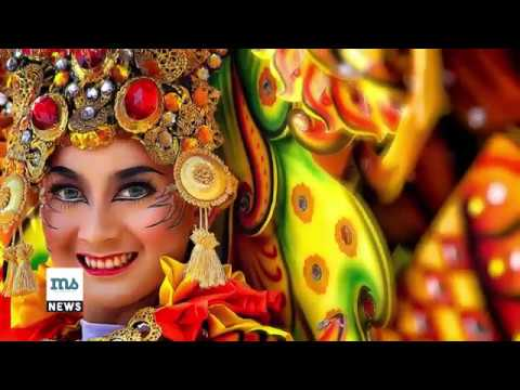 Waw, 1500 Peserta  Raimaikan Fashion Carnaval Silk of South Sulawesi 2017