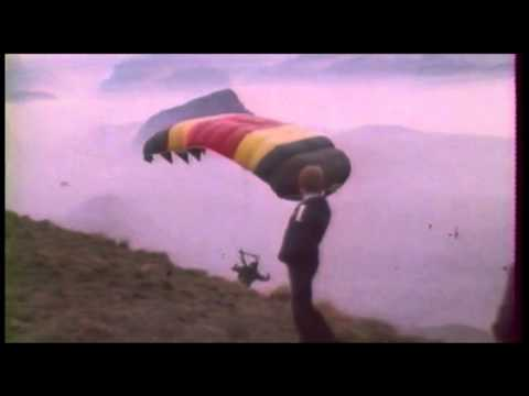 Old paragliding & hanggliding footage