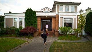 Gambar cover Vancouver Canada Airbnb - 4K VLOG 82