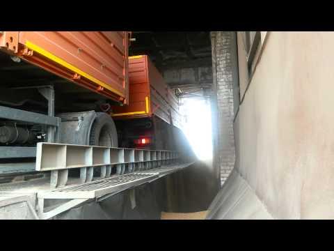 Автопоезд зерновоз КрАЗ