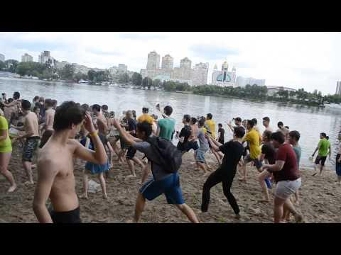 Water battle in Kyiv 24 06 2017   2