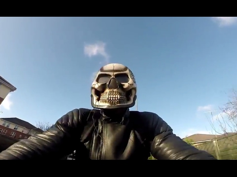 SKULL SKELETON MOTORCYCLE HELMET REVIEW / TEST