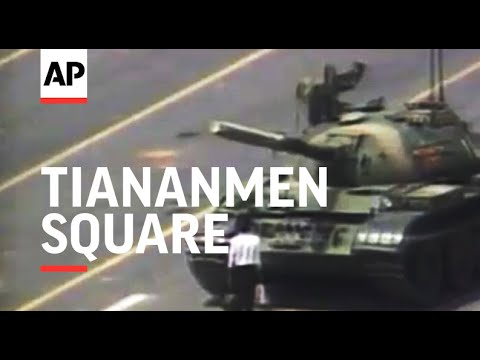 Tiananmen Square: man stands in front of tank 1989
