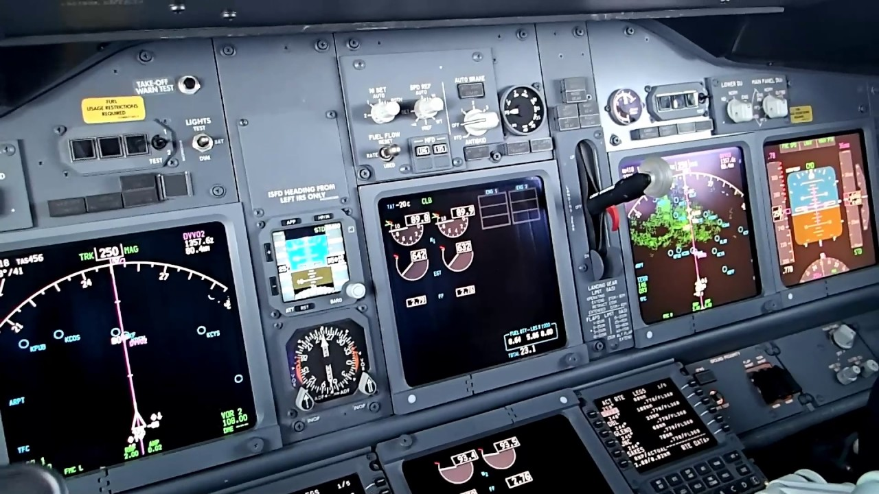 Boeing 737 Cockpit View - Various Old Clips