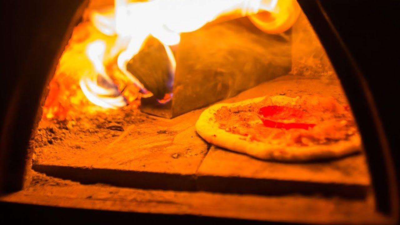 W Ultra Ogrodowy piec do pizzy opalany drewnem + przepis - YouTube EF37