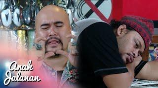 Video Mang Dudung Galau Karna Habis Putus Sama Pacarnya [Anak Jalanan] [20 April 2016] download MP3, 3GP, MP4, WEBM, AVI, FLV Desember 2017