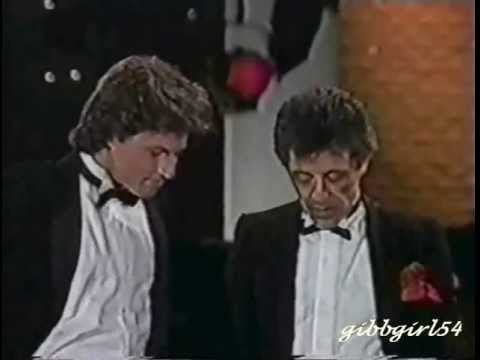 Andy Gibb Frankie Valli   Grease 1