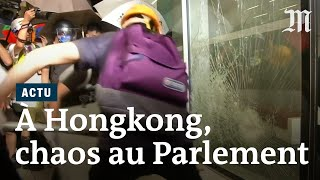 Hong Kong : le Parlement envahi par des manifestants