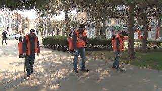 """Специалисты """"Ремстроя"""" продолжают дезинфицию анапских улиц"""