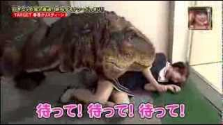 [Full] Hilarious Japanese Dinosaur Prank Japanese man terrified by 'dinosaur' on TV show
