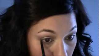 Tutoriel maquillage des yeux neutre et facile Thumbnail