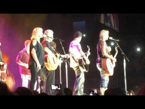 Miranda Lambert  - Me and Charlie Talking LIVE Corpus Christi, Tx. 9/13/14
