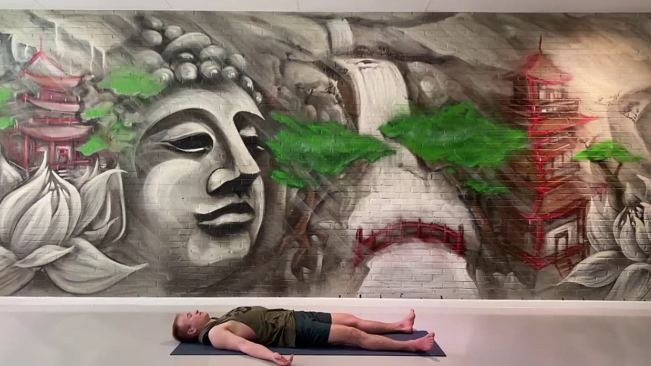 Cavasana: de ideale ontspannings-oefening