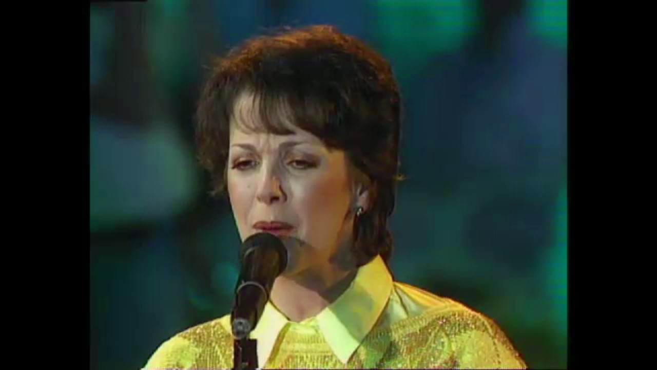Lori Spee & Gary Brooker - Two Fools in Love (live, 1986 ...
